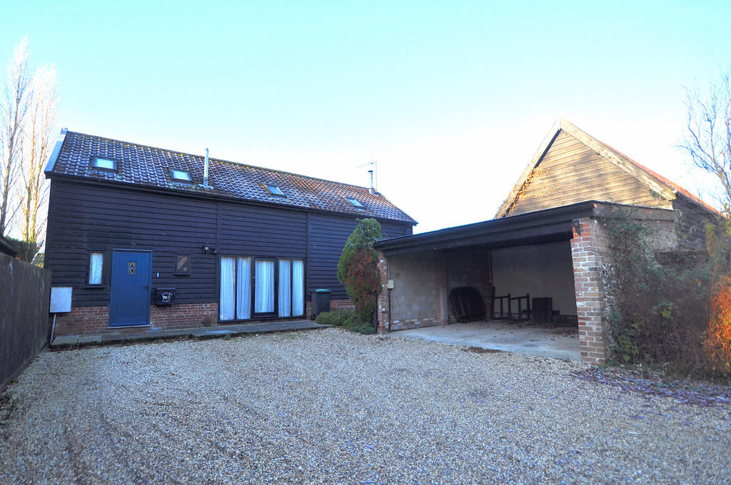 4 Bedroom Barn Conversion For Sale In Combs Stowmarket