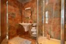 En-Suite Shower/ Bathroom
