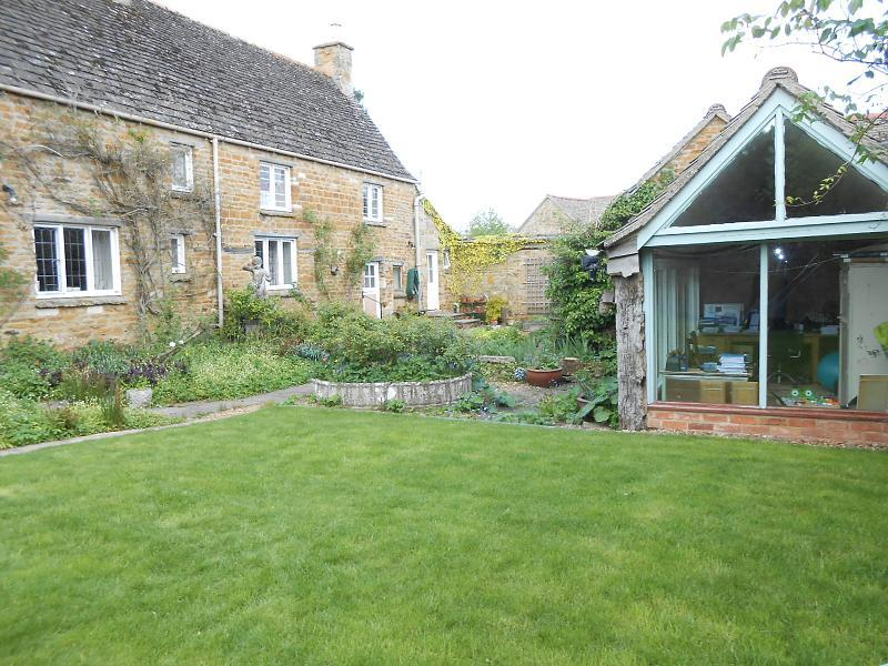 3 Bedroom Cottage To Rent In Nevill Holt Market