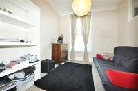 Apartment to rent in Monmouth Place, London