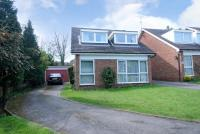 3 bed Detached property for sale in Sutherland Close, Barnet