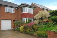 3 bedroom semi detached home to rent in Whetstone, Farnham Close