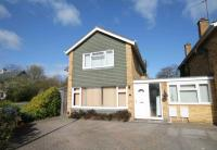 4 bedroom Link Detached House in Kelsey Crescent...