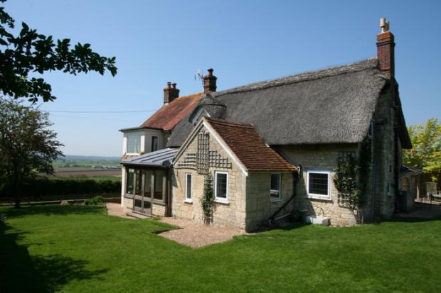 4 Bedroom Cottage For Sale In Marnhull Dorset Dt10
