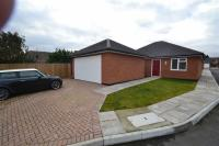 Detached Bungalow in Lampits Hill, Corringham