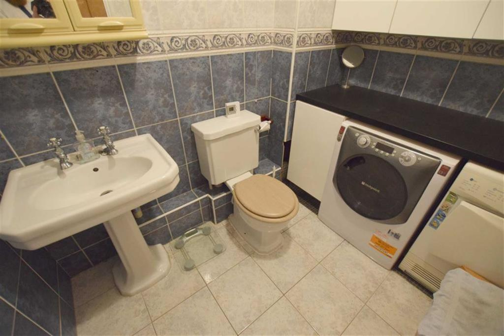 Ground Floor WC/Utility Room