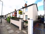 2 bedroom semi detached house in Parkfield Road...