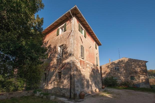 main house site