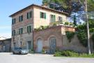 7 bed Village House for sale in Deruta, Perugia, Umbria