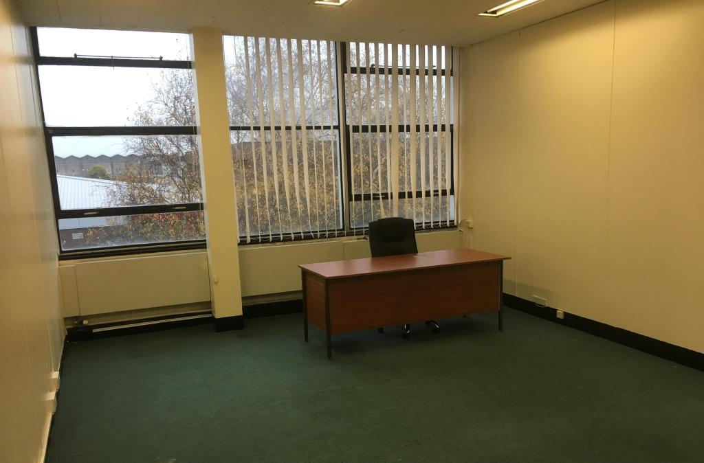 £300 pcm office