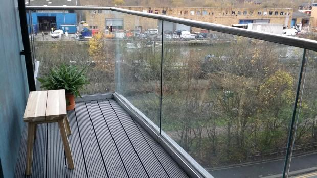 Balcony/ Canal view