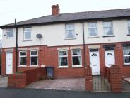 2 bedroom Terraced property in Melrose Avenue, Leigh...