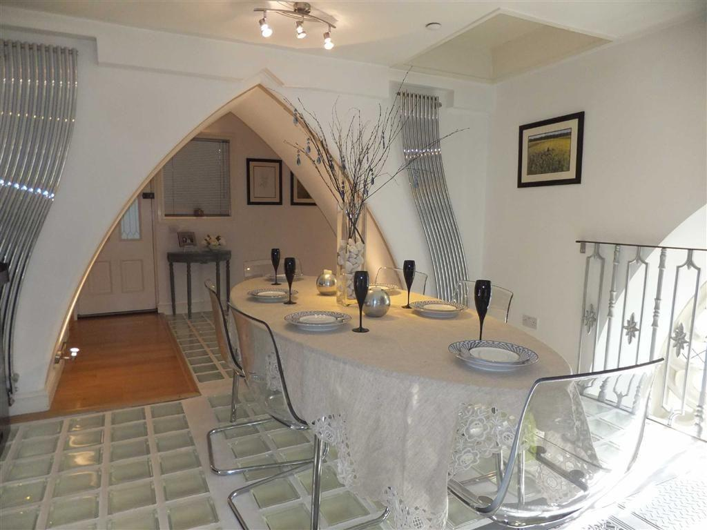 4 Bedroom Flat For Sale In The Clock Tower St Georges