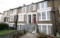 Flat for sale in Linden Grove...