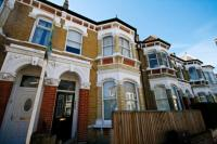 Flat to rent in East Dulwich Grove...