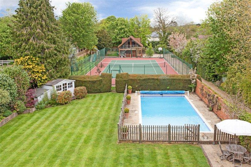 6 Bedroom Detached House For Sale In Station Road Lower Shiplake Oxfordshire Rg9 Rg9