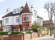 6 bedroom Detached property in Chartfield Avenue...