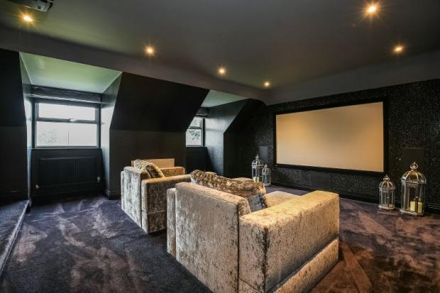 Cinema/Snooker Room
