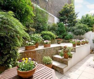 Split level garden design ideas photos inspiration for Small split level garden ideas