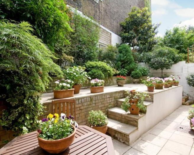 Split level design ideas photos inspiration rightmove for Split level garden designs