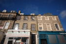 Flat to rent in Nicolson Square...