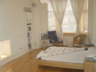 Flat to rent in Hillside Crescent...