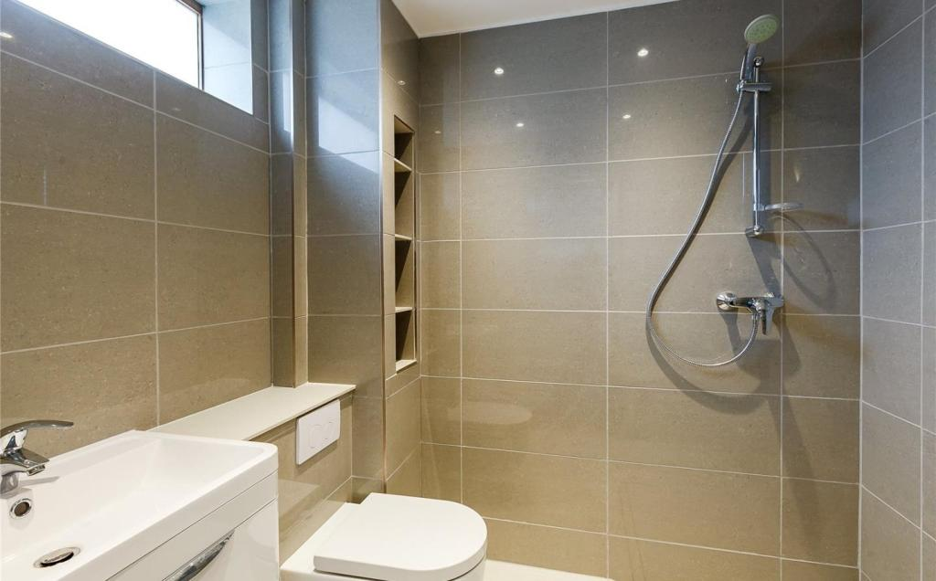 Annexe Wet Room