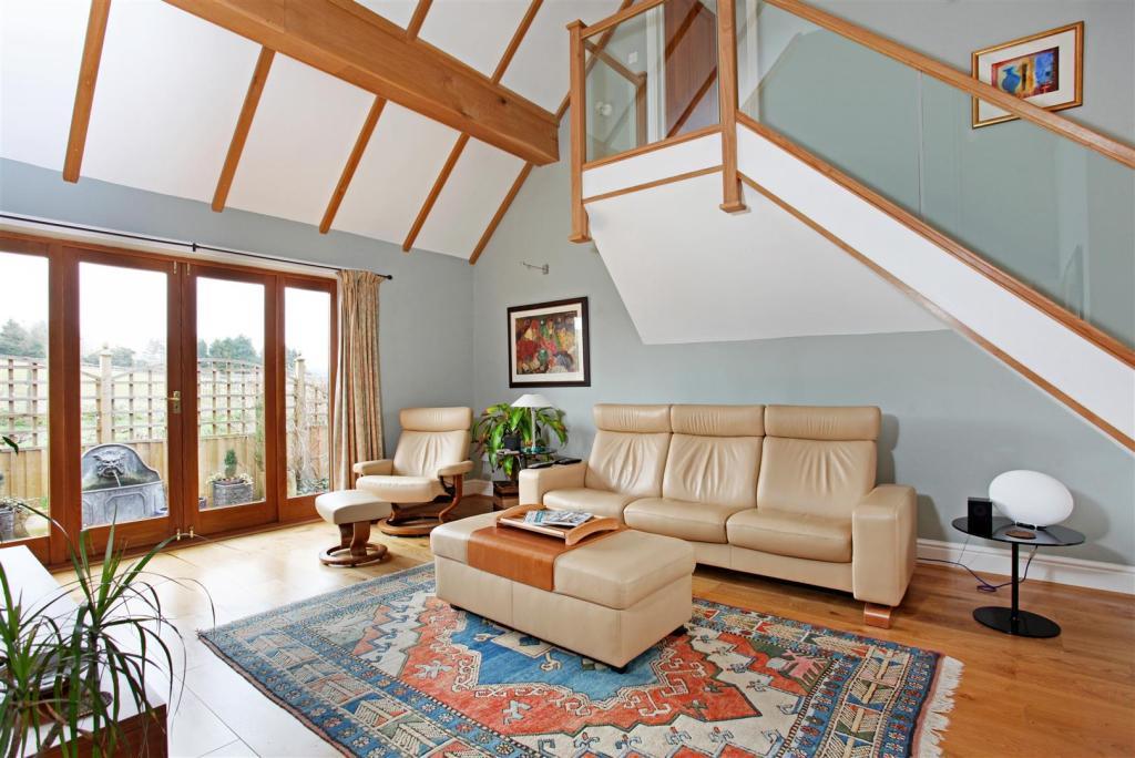 Woodcote House 16221