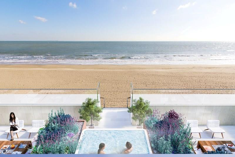 Jacuzzi and Terrace