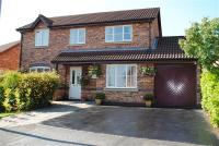 4 bed Detached home in Hawklane Close...