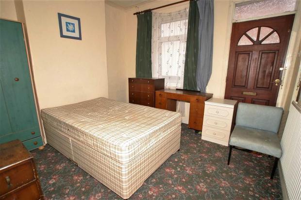 Front Room/Bedroom 4