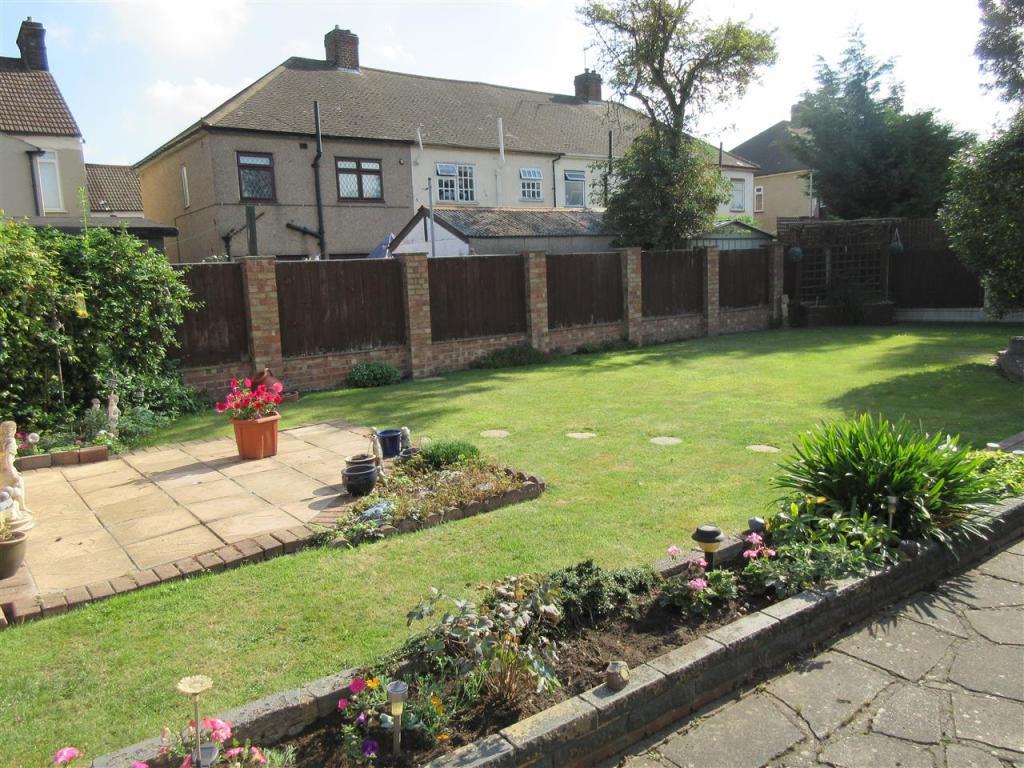 Exterior - Garden