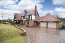 5 bedroom Detached house for sale in Wellington Drive...