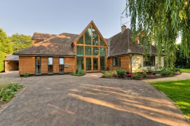 Property For Sale In Hemingford Abbots
