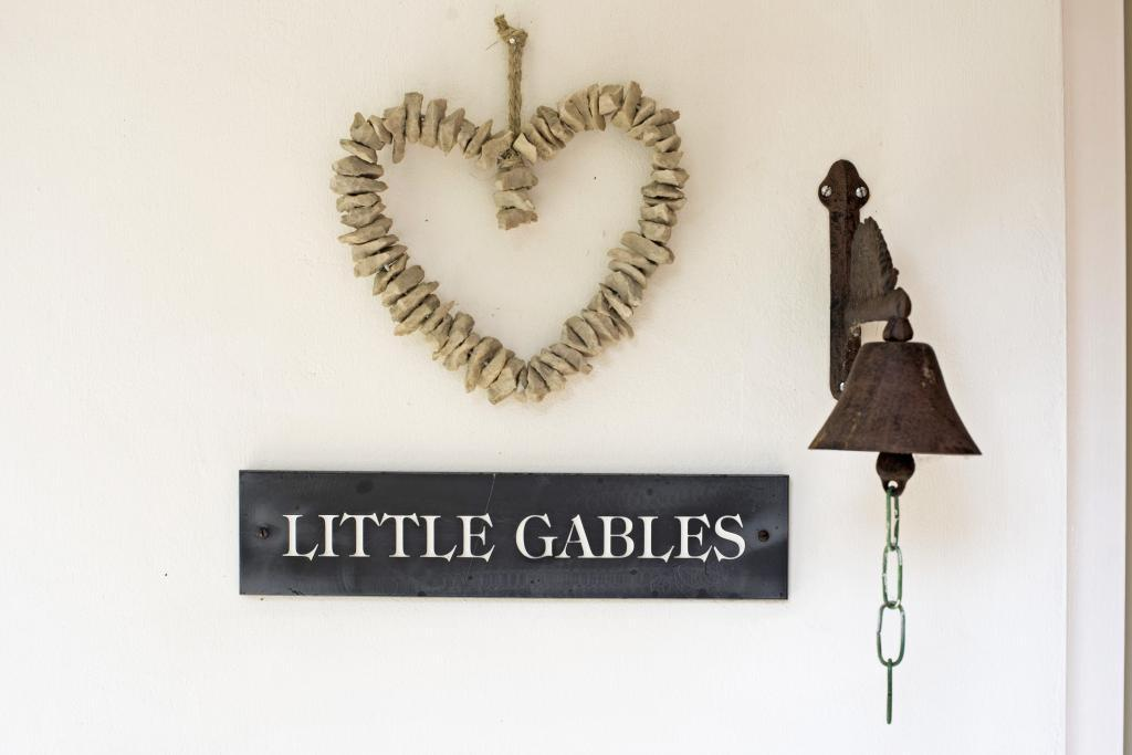 Little Gables fpz167