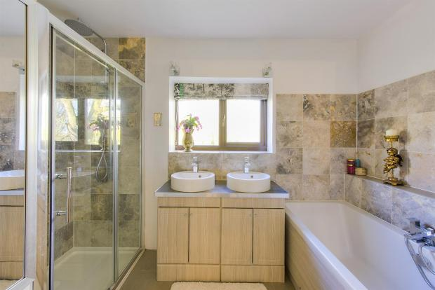 Willow End Ensuite -
