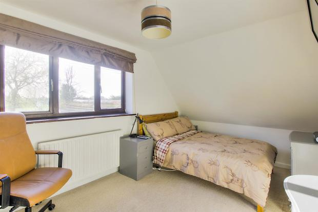 Willow End Bedroom2