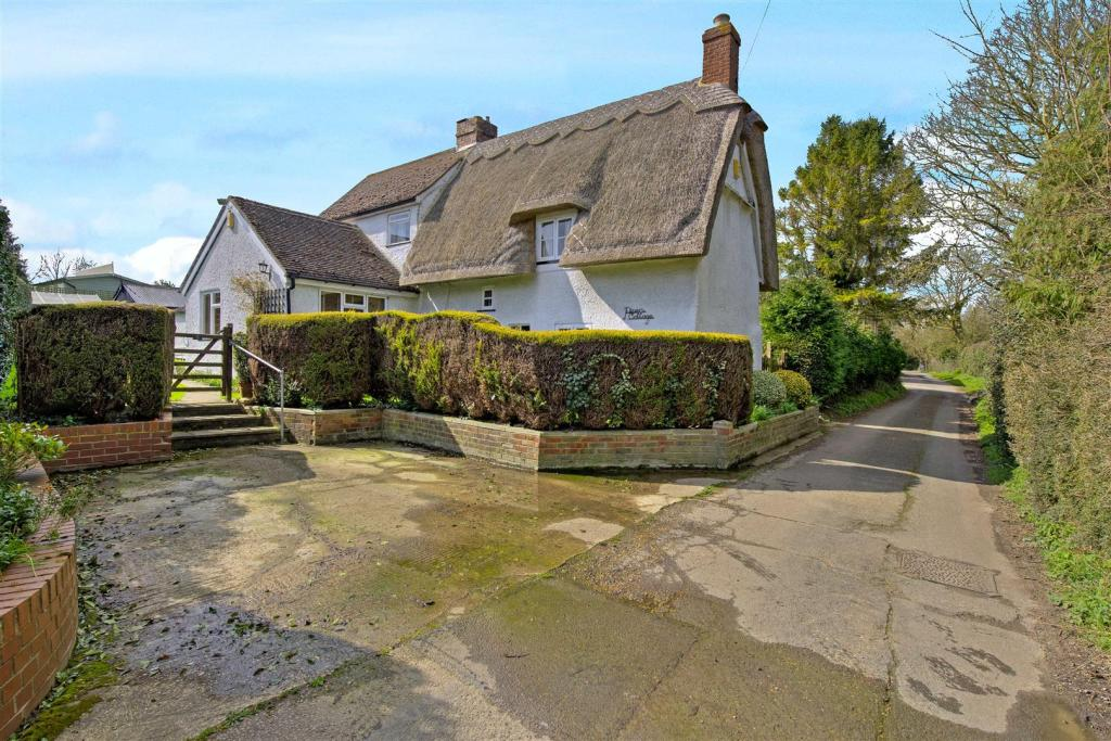 Pipers Cottage 16375