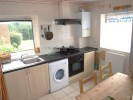 2 bed Ground Flat to rent in Avenue Road, Oakwood, .