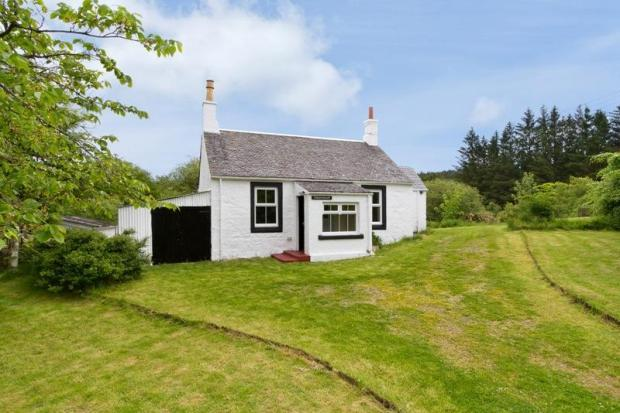 4 Bedroom Detached House For Sale In Tallaminnoch By