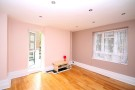 2 bedroom Apartment in Highbury New Park, N5