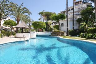 3 bedroom Villa in Elviria Playa...