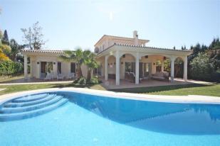 Villa for sale in Spain, Elviria...