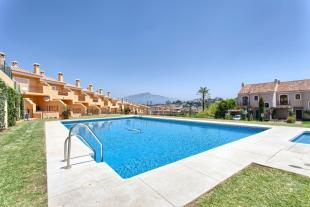 Town House for sale in Spain, El Paraiso...