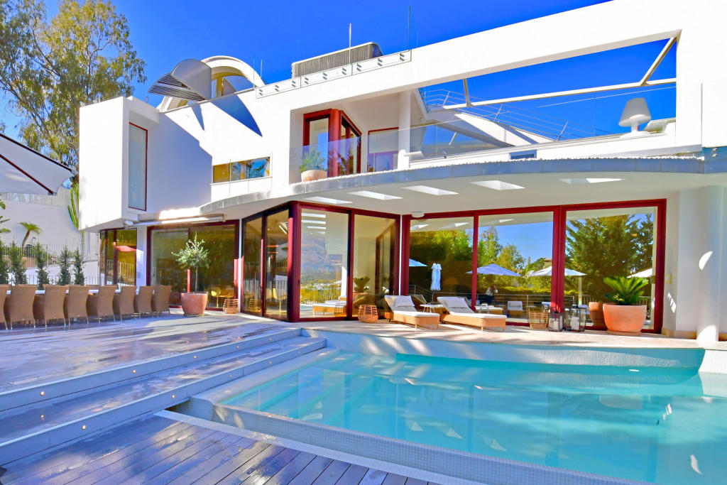 Villa for sale in Spain, Nueva Andalucia...