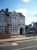 4 bed End of Terrace property in Meads Lane, Ilford, IG3