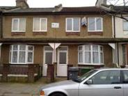 1 bedroom Flat to rent in Stock Street, London, E13
