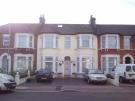 Apartment to rent in Kingswood Road, Ilford...