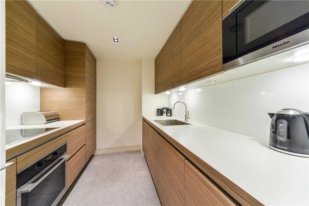 Kitchen : W2