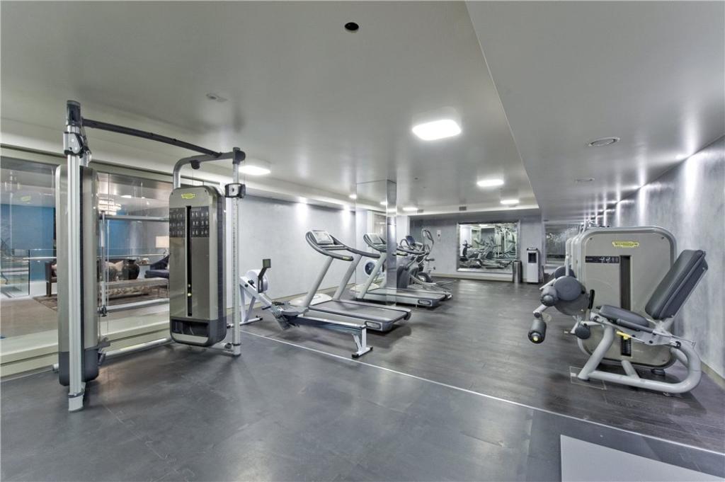 Gymnasium : W2